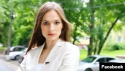 Former Kursk lawmaker Olga Li says that, although she had been frequently criticized for her opposition activities, no criminal charges were ever filed against her until she set her sights on Russian President Vladimir Putin. (file photo)