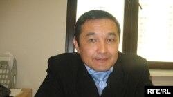 Айдын Айымбетов, қазақ космонавты, Ұлттық ғарыш агенттігі төрағасының кеңесшісі. Астана, қазан, 2009 жыл.