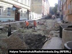 Ремонт дороги у Львові