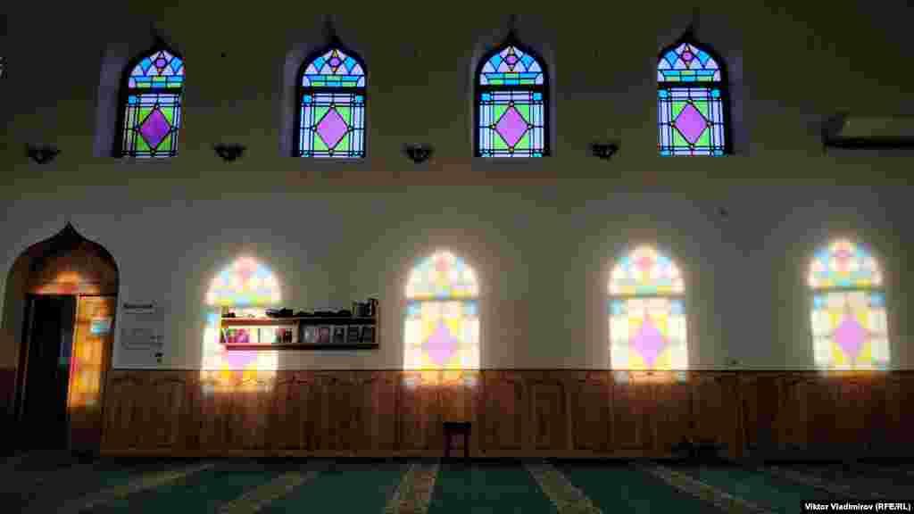 Молодята приїжджають сюди, щоб провести нікях– обряд одруження за ісламськими канонами