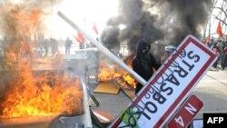Anti-NATO protest u Strazburu