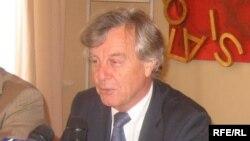 Fransanın Azərbaycandakı səfiri Bernard dü Şafo, 13 oktyabr 2006