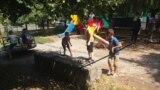На детской площадке во Владикавказе (архивное фото)