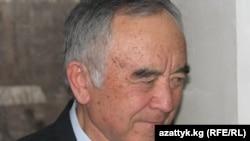 Кыргыз Эл жазуучусу Кеңеш Жусупов