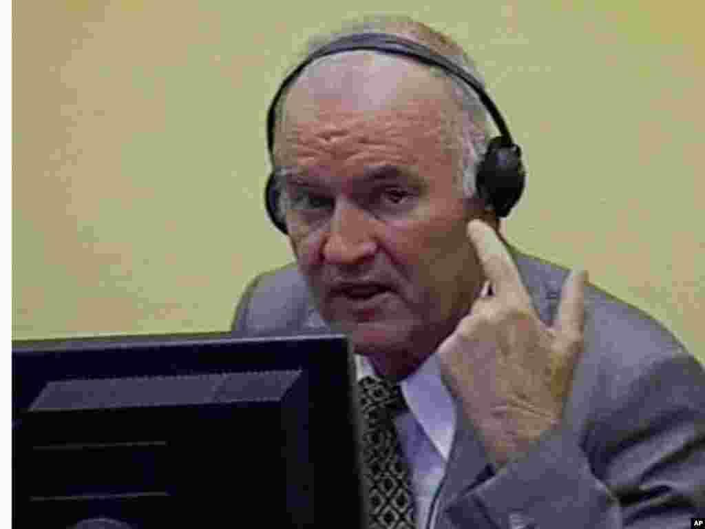 Ratko Mladić, Haški tribunal, 04.07.2011. Foto: AP