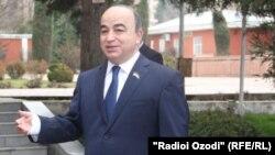 Шукурджон Зухуров