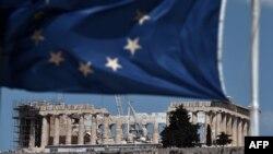Фоаг Европейского союза на фоне Парфенона