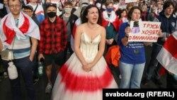 Инна Зайцева на марше