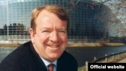 رئيس هيئة العلاقات مع العراق في البرلمان الاوروبي النائب ستروان ستيفنسون