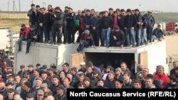 Бастующие дальнобойщики Дагестана