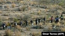 مهاجران غیرقانونی مکزیکی در بیابانهای آریزونا