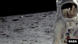 Astronavt Ayda.