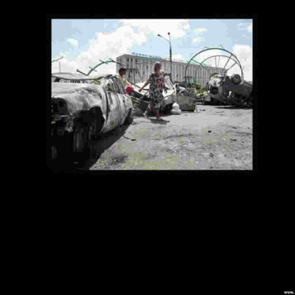 Расстрел мирной демонстрации в Андижане #3
