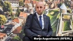 """Vildan Hajić, direktor ŠPD """"Srednjobosanske šume""""ne vidi ništa sporno u visini svoje plaće i ostalih isplaćenih naknada, te kaže za RSE da su sve odluke donesene u skladu sa zakonom."""
