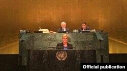 Исполняющий обязанности министра иностранных дел Армении Эдвард Налбандян председательствует на заседании Генеральной Ассамблеи ООН в Нью-Йорке. 21 сентября 2016 г․