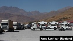 Trucks are seen at Haj Omran border between Iran and Iraqi Kurdistan, October 14, 2017