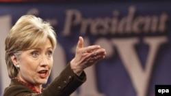 Ҳилларӣ Клинтон баъди пирӯзиаш дар праймеризи ҳизб дар иёлати Оҳайо