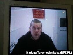Леонид Развозжаев, по его словам, был похищен сотрудниками ФСБ России в Киеве 19 октября 2012 года и доставлен в Москву