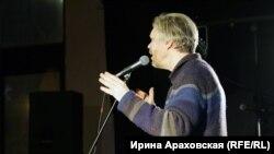 Максим Жбанков