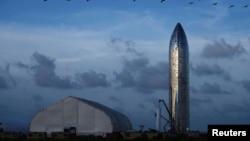 Starship на полигоне компании SpaceX в Бока-Чика на юго-востоке штата Техас