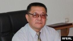 Кеңешбек Дүйшөбаев, Коопсуздук кеңешинин мурдагы катчысы.