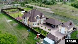 Будинок під Києвом на майже 300 квадратів, який у 2015 році придбав очільник економічного управління СБУ Сергій Конохов