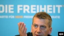 """Рене Штадткевиц обещает бороться """"за общее благо народа Германии"""""""