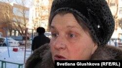Пенсионерка Вера Кучеренко, жительница дома № 37 по улице Кюйши Дины. Астана, 26 ноября 2012 года.