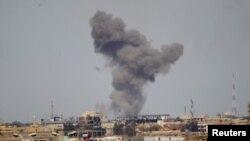 Один із повітряних ударів коаліції під проводом США по цілях угруповання «Ісламська держава» в Іраку, архівне фото