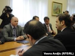 Predstavnici Srba sa severa Kosova u razgovoru sa Borkom Stefanovićem, 17. novembar 2011.