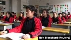 «Образовательный центр»в Синцзяне, который правозащитники называют «лагерем перевоспитания».