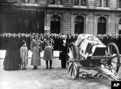 Pogreb kralja Aleksandra, ubijenog u Marseju