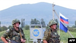 Russian peacekeepers on South Ossetian border on August 7