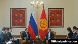 Кыргызско-российские переговоры по вступлению КР в Таможенный союз, Бишкек, 29 марта 2013 года.