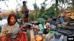 Бангладеш приходит в себя после разрушительного урагана