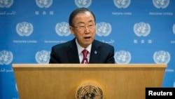 Генеральный секретарь ООН Пан Ги Мун на пресс-конференции в штаб-квартире ООН. Нью-Йорк, 25 ноября 2013 года.