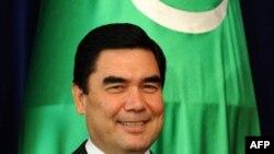 Түркмөнстан президенти Гурбангулы Бердымухамедов.