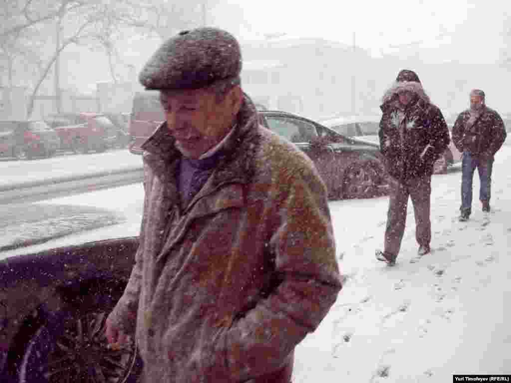 Снежная буря в Москве, 25 марта 2011