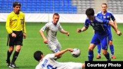 Один из матчей чемпионата Казахстана 2012 года. Фото с официального сайта Федерации футбола Казахстана.
