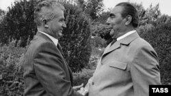 Nicolae Ceaușescu și Leonid Brejnev, Ialta,1976