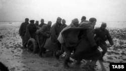 Форсирование Сиваша войсками 4-го Украинского фронта, ноябрь 1943 года