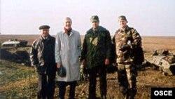 William Hill în cursul misiunii sale în regiunea transnistreană