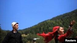 Lojërat tradicionale që mbahen çdo vit në Rugovë, vend me resurse turistike malore. (Foto nga arkivi)
