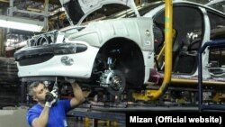 Iran's car manufacturing sector is one of the most hard hit sectors by U.S. sanctions. Iran-Khodro factory. File photo