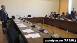 Armania -- A Vanadzor municipal council session being boycotted by opposition parties. 13Dec 2016