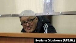 Подсудимый пастор Бахтжан Кашкумбаев в зале суда. Астана, 22 января 2014 года.