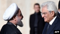 Иран президенти Хасан Роухани Италиянын президенти Сержио Маттарелло менен жолугушту, Рим, 25-январь, 2016-жыл.