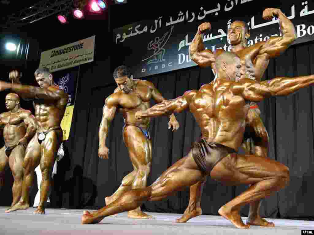 UAE -- International bodybuilding contest in Dubai, Jan2008