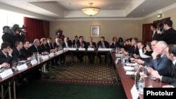 Armenia - Armenian and EU officials open talks on visa facilitation in Yerevan, 27Feb2012.