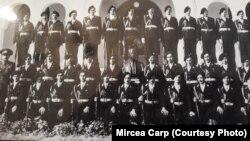 Seria de elevi a domnului Mircea Carp (ultimul rândul de sus - dreapta), Liceul Militar de la Mănăstirea Dealu